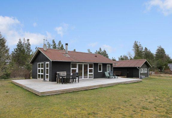 Naturschön gelegenes helles freundliches Ferienhaus mit Kaminofen