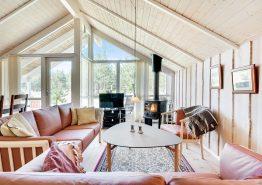 Hyggeligt spasommerhus med sauna og stor terrasse (billede 3)