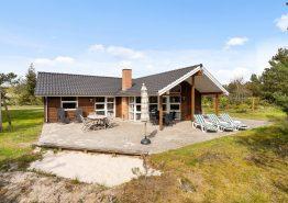 Ruhig gelegens Ferienhaus mit Whirlpool und Sauna (Bild 1)