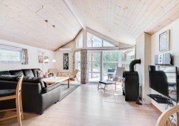 Ruhig gelegens Ferienhaus mit Whirlpool und Sauna (Bild 2)