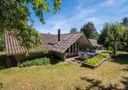 Charmantes Sommerhaus mit schönem Aussenareal