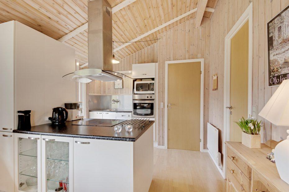 sehr freundliches ferienhaus mit sauna kaminofen und internet esmark. Black Bedroom Furniture Sets. Home Design Ideas