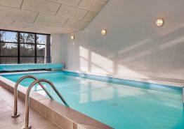 Hold en fantastisk ferie i dette flotte, luksuriøse poolhus (billede 3)