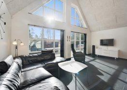 Luksus sommerhus med stråtag, udendørs spa og billardbord (billede 3)