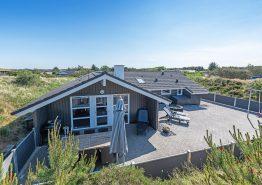Familienfreundliches Sommerhaus mit Sauna und Whirlpool