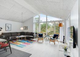 Schönes und luxuriöses Ferienhaus mit Sauna und 2 Bädern (Bild 3)