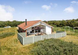 Klassisches Ferienhaus mit Whirlpool, Sauna und Kaminofen. Kat. nr.:  50011, Engesøvej 4;