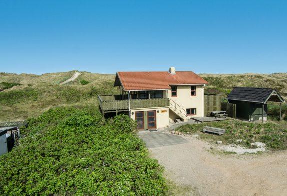 Strandnahes Ferienhaus mit schöner Aussicht und Sauna