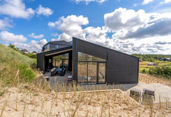 Aktivitätshaus mit Billard, Sauna & Whirlpool inVejers, 12 Personen