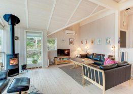 Skønt feriehus tæt på havet med sauna, spa og hund tilladt (billede 3)