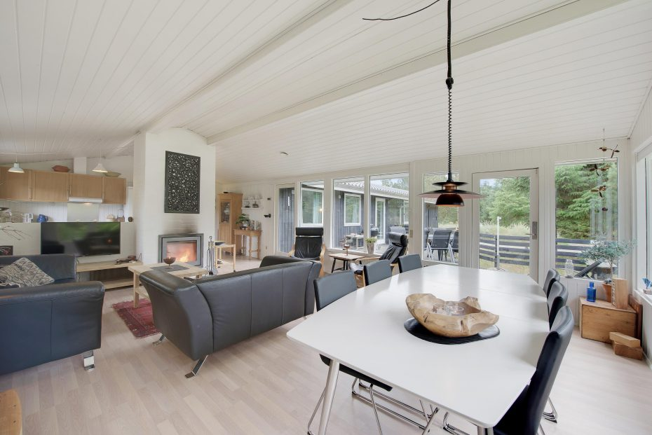 ruhig gelegenes nichtraucher ferienhaus mit kostenlosem internet esmark. Black Bedroom Furniture Sets. Home Design Ideas