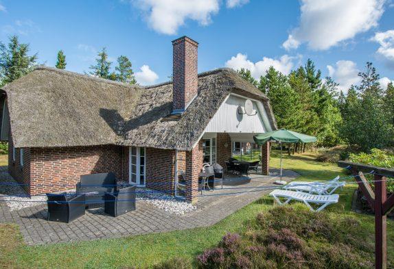 Wellness-sommerhus med sauna, spa samt ladestion til elbil