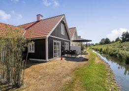 Hyggeligt og centralt sommerhus med sauna og spa. Kat. nr.:  60045, Horns Bjerge 3 - 76;
