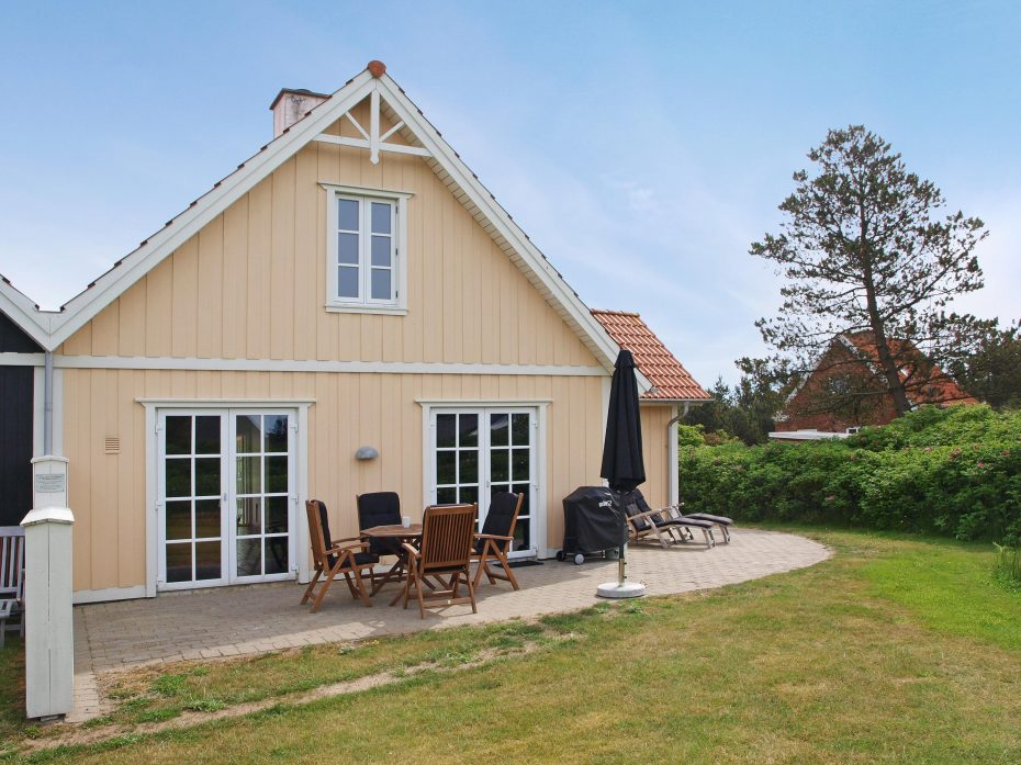 ferienhaus f r 4 personen mit whirpool sauna gratis internet esmark. Black Bedroom Furniture Sets. Home Design Ideas