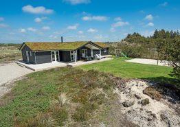 Tolles Aktivitätshaus mit Sauna, Whirlpool und Billard (Bild 1)