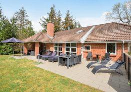 Solides 4-Sterne Ferienhaus in Ortsrandlage, Sauna und Whirlpool (Bild 1)