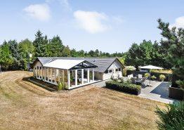 Ferienhaus mit Whirlpool und Wintergarten in schöner, ungestörter Umgebung