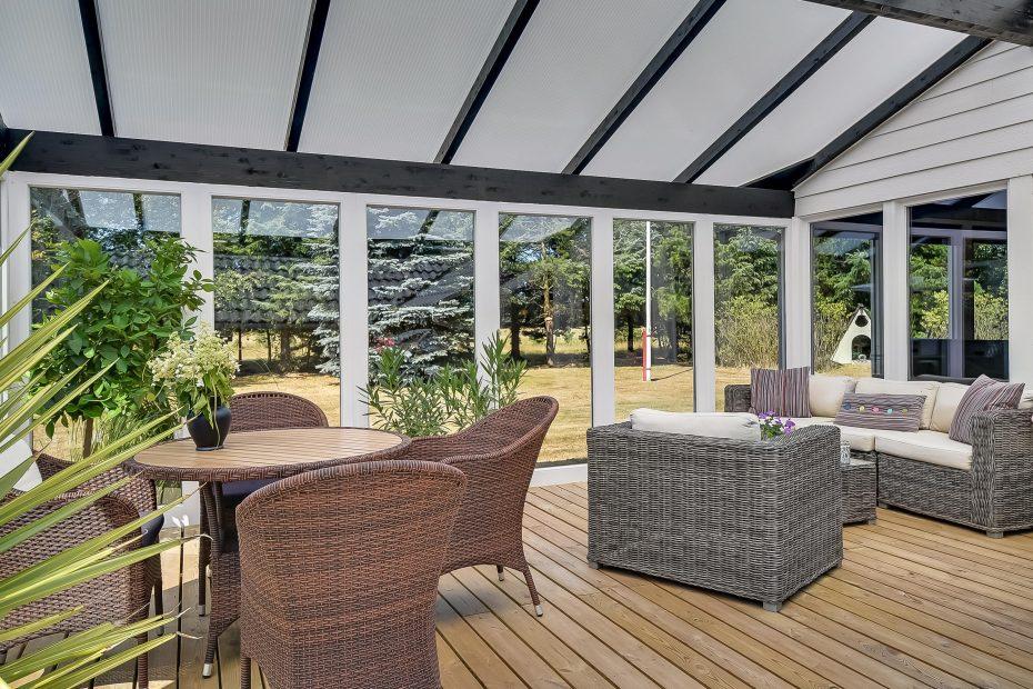 Ferienhaus mit whirlpool und wintergarten in sch ner ungest rter umgebung esmark - Whirlpool im wintergarten ...