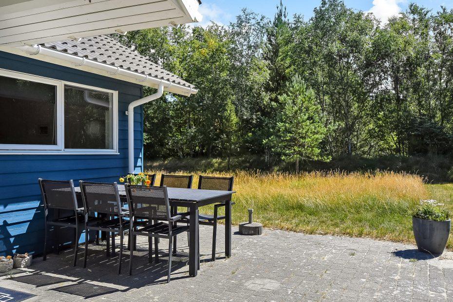 tolles ferienhaus mit whirlpool und sauna in ruhiger umgebung esmark. Black Bedroom Furniture Sets. Home Design Ideas