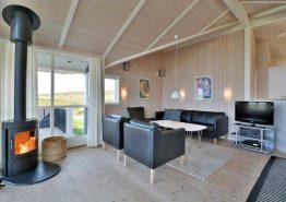 Schönes Ferienhaus in guter Lage dicht am Strand (Bild 3)