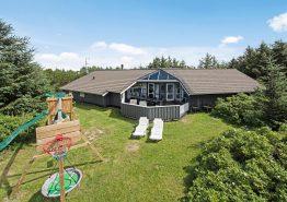 Schönes Poolhaus mit Sauna, Whirlpool und Internet (Bild 1)