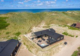 Fantastisk lækkert feriehus i første klitrække med sauna og udespa (billede 3)