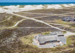 Totalrenoveret feriehus med spa, sauna og helt fantastisk udsigt (billede 3)