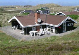 Dejligt feriehus på ugeneret beliggenhed. Kat. nr.:  C3609, Sandvej 5;