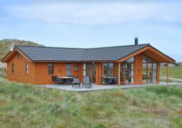 Luxusferienhaus in Haurvig mit Blick auf den Fjord (Bild 1)
