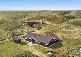 Ferienhaus mit Aussicht von der geschlossenen Terrasse