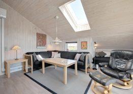 Indbydende feriehus med sauna kun 250 meter fra havet (billede 3)