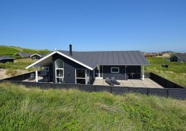 Luxussommerhaus dicht am Strand mit Whirlpool und Sauna. Kat. nr.:  E4759, Granvej 22;