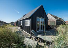 Schöne Hütte am Hafen in Hvide Sande