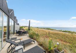 Ferienhaus mit Whirlpool, Sauna und Fjordaussicht im Herzen von Hvide Sande