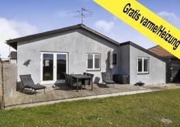 Gemütliches Ferienhaus mit geschlossenem Grundstück mitten in Hvide Sande, nur 100 m zum Strand