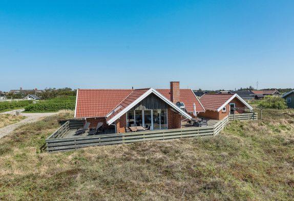 Hundevenligt feriehus med sauna og udsigt til Lyngvig Fyr