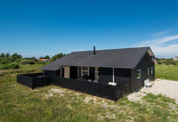 Ferienhaus mit überdachter Terrasse und Wärmepumpe