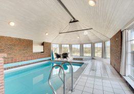 Schönes Reetdachhaus mit Pool in fantastischer Lage (Bild 3)
