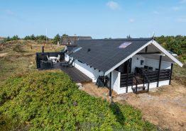 Gemütliches Ferienhaus mit Kaminofen auf einem schönen Dünengrundstück. Kat. nr.:  H5632, Havklitvej 56;