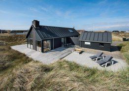 Ferienhaus mit windgeschützten Plätzen auf der Terrasse
