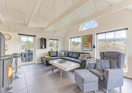 Haus mit Reetdach und geschl. Terrasse ? 1 Hund erlaubt (Bild 3)