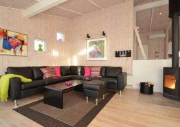 Schönes Luxusferienhaus mit großer Terrasse & Hund erl. (Bild 3)