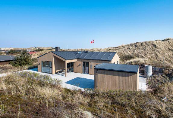 Luksuriøst feriehus med spabad, sauna og smuk udsigt