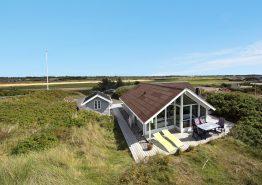 Feriehus med udsigt til klitlandskab. Hund tilladt (billede 1)
