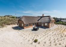Skønt feriehus med sauna og spa tæt på stranden. Kat. nr.:  J6399, Mågedalen 8;