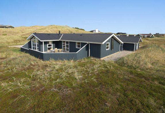 Strandnahes Ferienhaus mit toller Aussicht auf die Heide