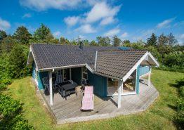 Nichtraucherhaus mit überdachter Terrasse. Kat. nr.:  K0165, Fyrrealle 6;
