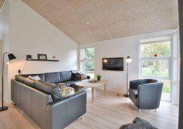 Qualitätshaus mit toller Einrichtung und Terrasse (Bild 2)