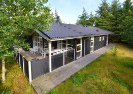 Qualitätshaus mit toller Einrichtung und Terrasse (Bild 1)
