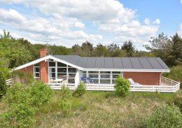 Ferienhaus mit Pool und Terrasse in ruhiger Umgebung. Kat. nr.:  K6279, Granalle 18;